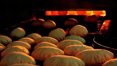 Photo of سعر ربطة الخبز سيصل الى الـ١٧٥٠ ليرة…ونقيب المخابز يُناشد الدولة بالتحرّك!