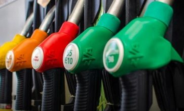 Photo of إرتفاع  سعر الديزل900 ل.ل.  وسعر الغاز 500 ل.ل