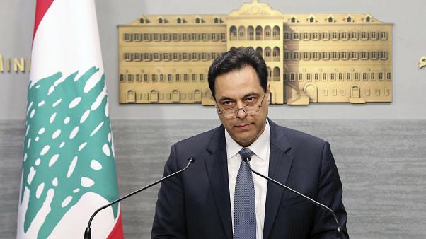 هل يعاني الرئيس حسان دياب من جنون الإرتياب؟