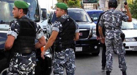"""ما صحة العثور على 7 قتلى مقطوعي الرؤوس في بيروت؟ فقد نفت قوى الأمن الخبر المتداول حول """"العثور على 7 قتلى من الجنسية السورية"""