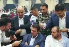 Photo of بعد انتشار فيديو لرجل ينثر المال عليه… البعريني يوضح! | فيديو
